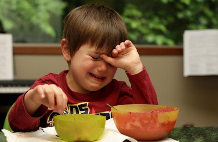 Zaburzenia is a trudności z przyjmowaniem pokarmów