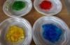 Zabawy domowe farbki